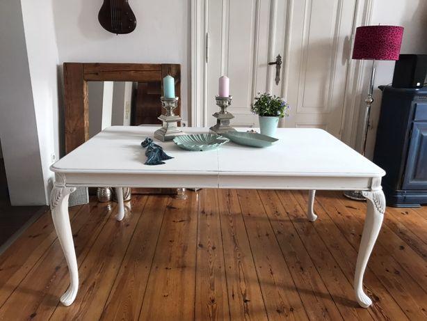 Duży rozkładany stół pobielany bielony po metamorfozie prowansalski