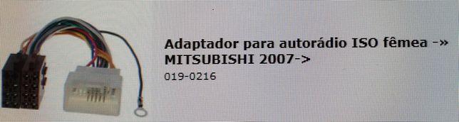 Adaptador autoradio iso femea mitsubishi 2007