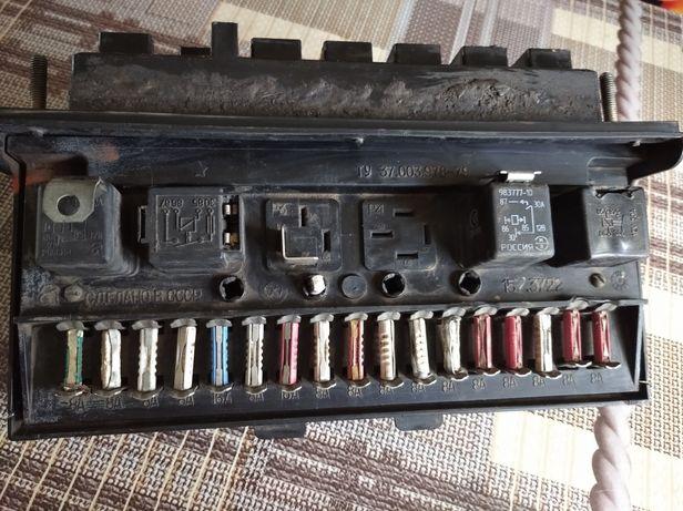 Блок предохранителей ВАЗ 2107