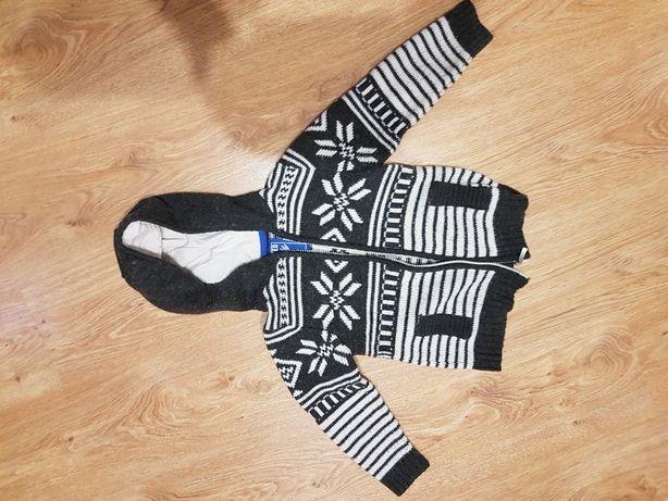 Sweterek dla chlopca r.110