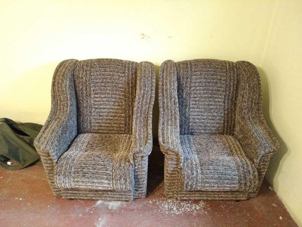 М'які крісла б/у