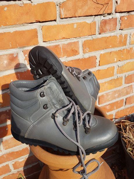 Unikatowe buty trekkingowe Trezeta r.40 25 cm.