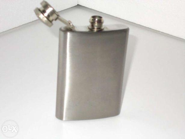 Frasco de bolso em aço inox 3 fLOZ
