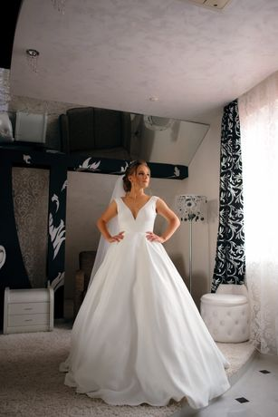Весільна сукня. Ціну знижено!!!