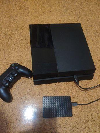 PS4 500GB Desbloqueada + HD Externo 2TB - 110 Jogos instalados
