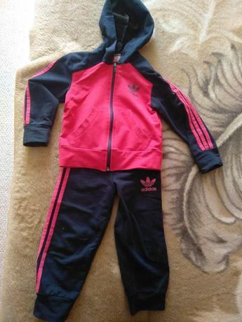 Спортивный костюм для девочки р-р 92