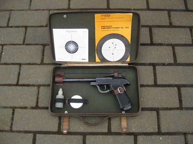 Wiatrówka pistolet Łucznik-Predom 4,5 mm 1975r