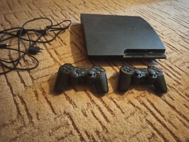 PS3 - stan bardzo dobry + 2 pady