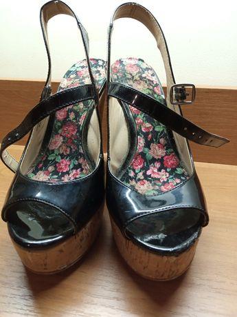 ЦВЕТОЧНЫЕ туфли на каблуках