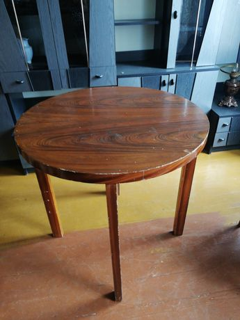 Okrągły stół,drewniany
