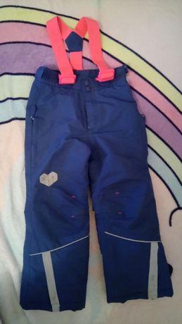 Ciepłochronne spodnie przeciwdeszczowe