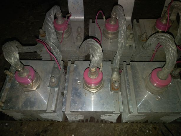 Продам тиристоры Т171-250