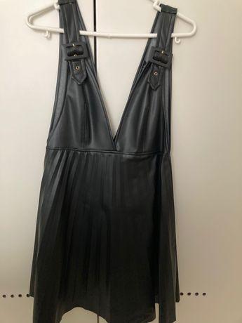 Vestido ecopele - Zara