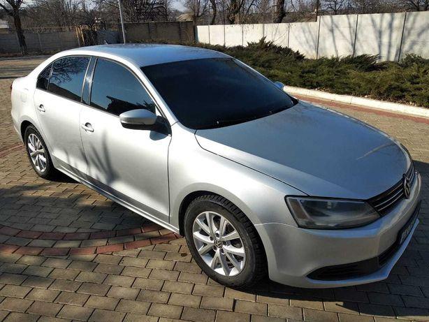 Продам Volkswagen Jetta 2012