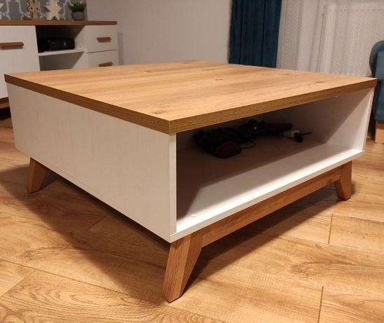 Skandynawska Ława / Stolik Kawowy na drewnianych nogach
