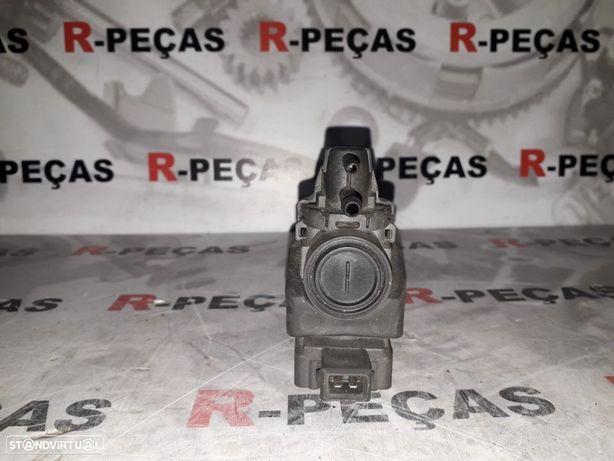 Valvula de ar / Transmissor de pressão, controlo dos gases de escape Renault Megane III