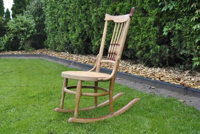 fotel bujany dla dziecka;antyk; thonet;wysyłka pobraniowa gratis