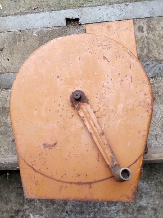 Кормоизмельчитель, бурякорезка ручная Пологи - изображение 1