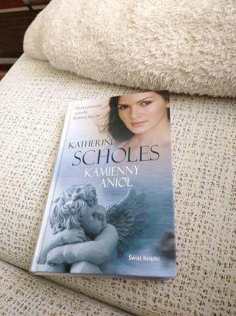 Katherine Scholes Kamienny anioł