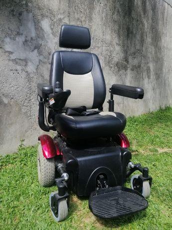 Cadeira de Rodas Elétrica - Como Nova