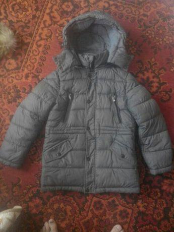 Куртка зимняя на мальчика 8-10 лет
