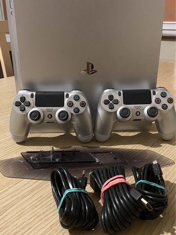 Playstation 4 Slim SILVER EDITION + gratis