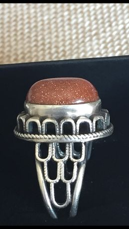 Stary, srebrny pierścionek