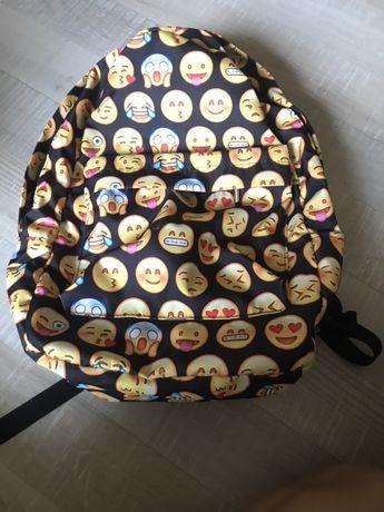 Plecak+worek na wf+piórnik w emotki+gratis