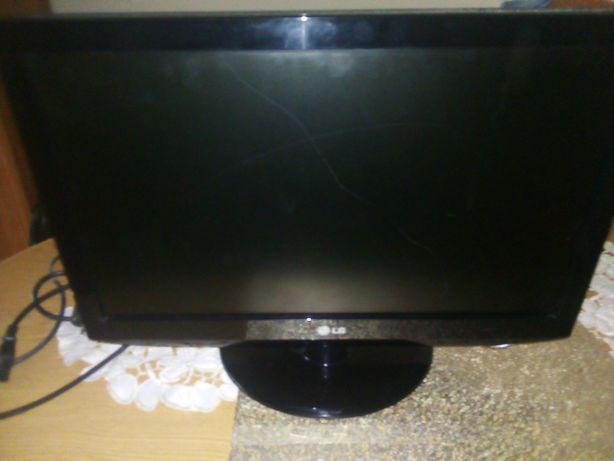 Telewizor LG 19 cali