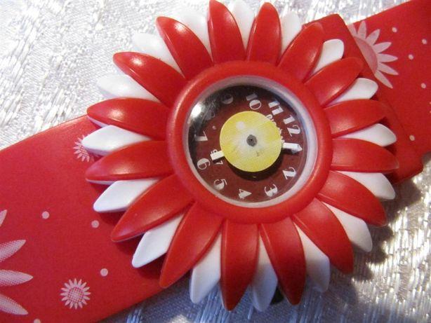 Детские часы в виде цветка, кварцевые, новые