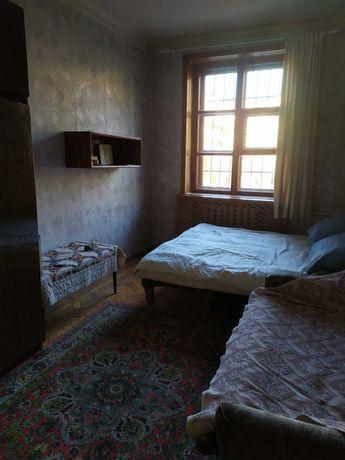 Сдам комнату, Яворницкого,33