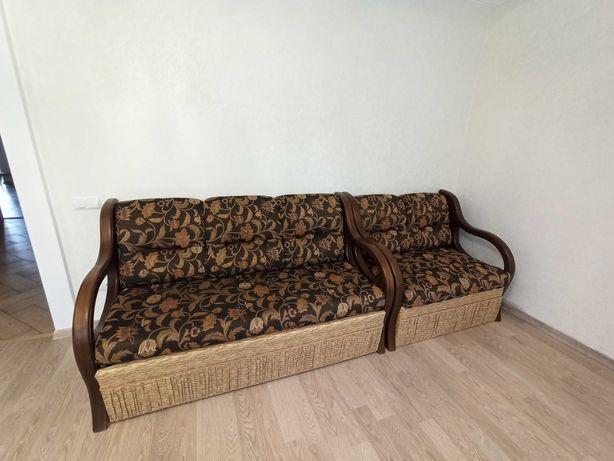 Красивый раскладной диван
