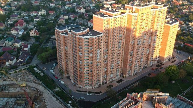 3-ком. (85 кв.м.) в новом сданном доме вблизи площади Толбухина