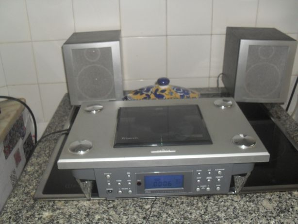 radio cd marca bench 350