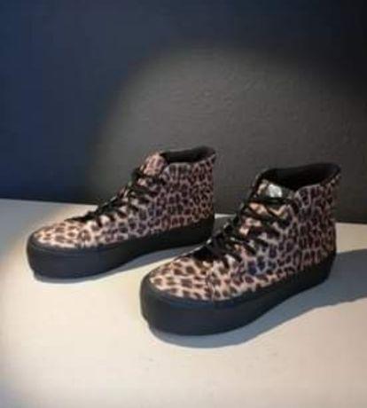 Vans leopardo novas