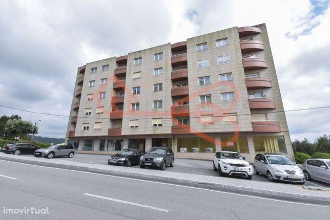 Apartamento T4 em Oliveira de Azeméis