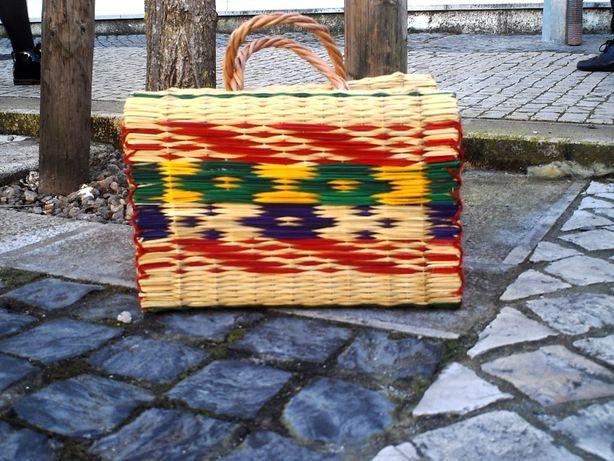 cesta junco tradicional portuguesa colorida