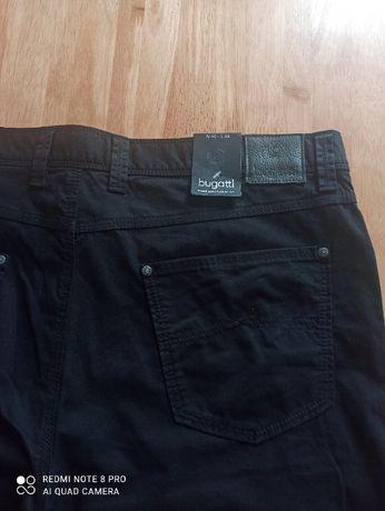 Продам джинсы BUGATTI большого размера.