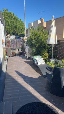 T3 renovado com logradouro - Moradia em Telheiras, Lisboa
