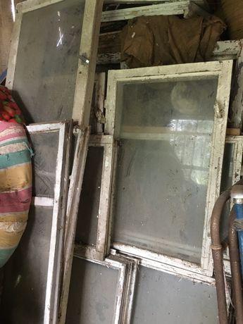 отдам балконные и оконные деревянные рамы со стёклами
