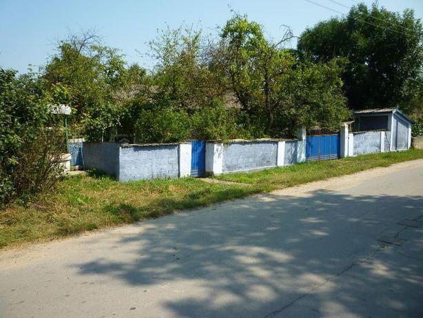 Продам земельный участок с домом,с.Ломачинцы(Черновцы,Новоднистровск)
