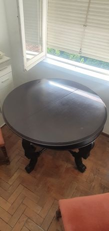 Mesa em madeira usada