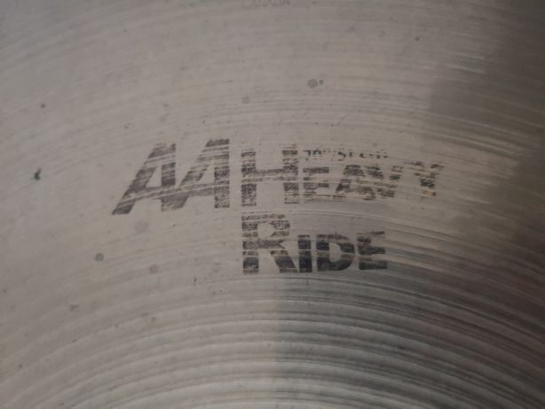 "Prato de bateria Sabian AA Heavy Ride 20"""