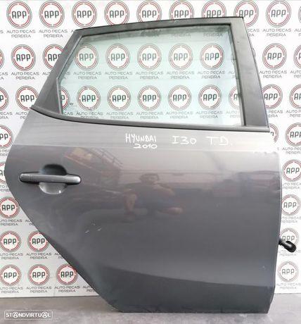 Porta Hyundai I30 2010 traseira direita 5 portas.