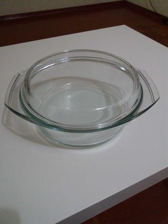 Стеклянная кастрюля
