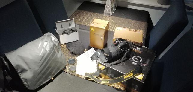 Nikon d3200 obiektyw 18-105 vr komplet jak nowy
