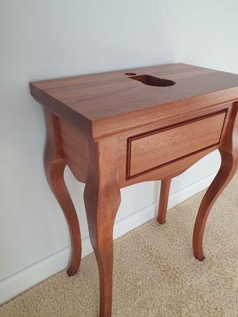 Szafy, regały, stoły, stoliki - Meble na wymiar, drewniane lub z płyty
