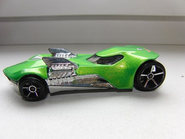 HOT WHEELS 2010 TRACK STARS TWIN MILL III autko kolekcjonerskie