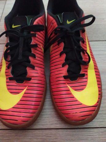 Rozmiar 42 Buty Nike Mercurial halówki 26,5cm buty halowe