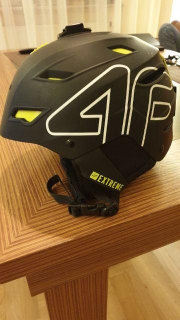 Sprzedam kask narciarski 4F rozm. S/M z mocowaniem GoPro